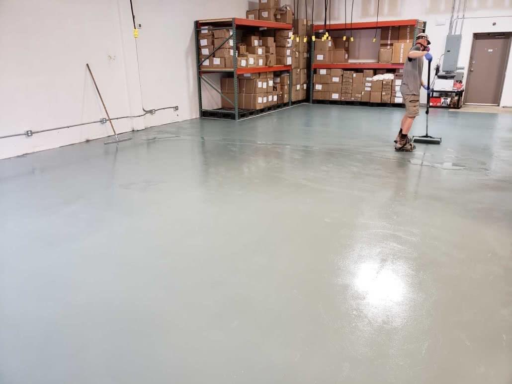 Concrete grinding & epoxy floor coating - Jusu Body